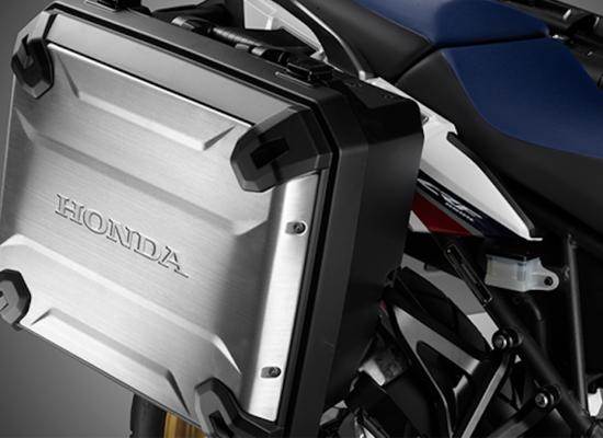 """Honda Africa Twin Travel Edition trở thành mẫu """"xế phượt"""" xuyên lục địa với loạt phụ kiện cao cấp"""
